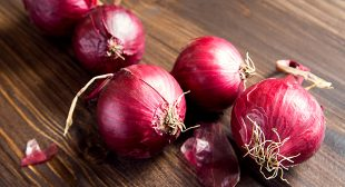 4 Ways Red Onions Reduce Your Cancer Risk