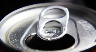 Study: Switching From Soda To Water Can Help You Lose 14 Pounds A Year